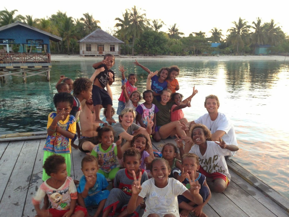 indonesia_raja-ampat_barefoot-conservation_kids